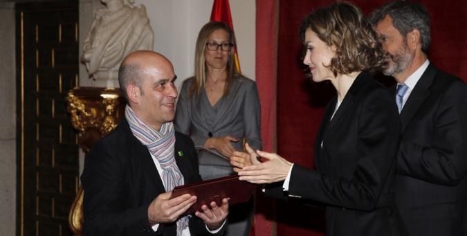 La Reina Doña Letizia entrega a Jordá Vives el premio Foro Justicia y Discapacidad institucional