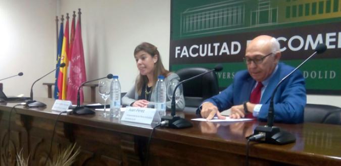 Imagen de la inauguración del encuentro, con Juan Pérez y Marta Ingelmo