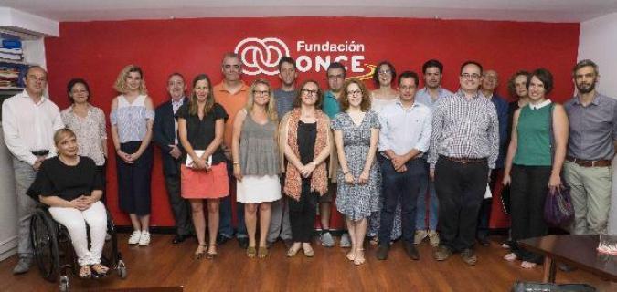 Foto de familia de la presentación del programa