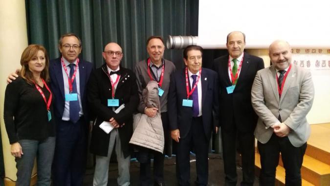 Foto de grupo de dirigentes de Plena inclusión y Cermi con Joan Planells