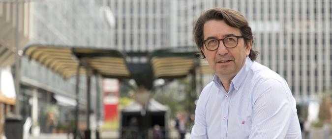 Santiago López