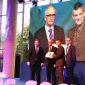 Fotografía de la entrega del premio