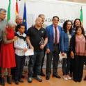 Foto de familia de la presentación de OACEX