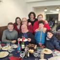Dalmacio y Ezequiel con su familia