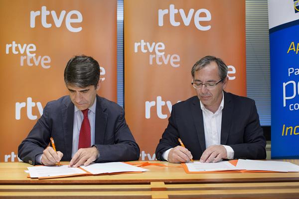 Ir a RTVE y FEAPS firman un convenio para colaborar en el apoyo a personas con discapacidad intelectual