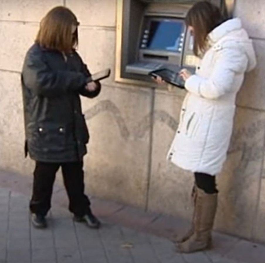 evaluación accesibilidad cognitiva entorno banco cajero