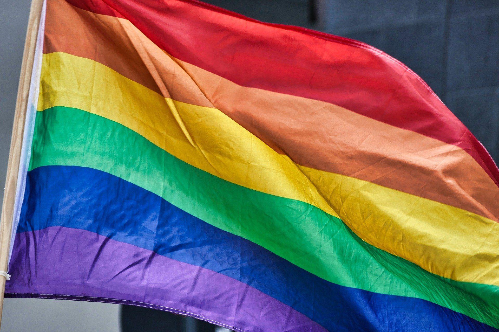 bandera orgullo lgtb