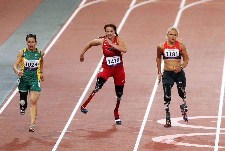 3 mujeres deportistas paralímpica paralimpiadas atletismo